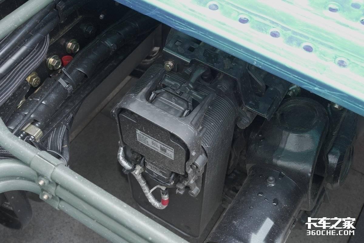 搭载X13580马力国六机还有AMT和液缓这款欧曼EST很强劲