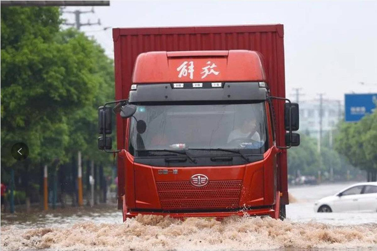 提醒!半挂车车轴涉水或浸泡后检查事项