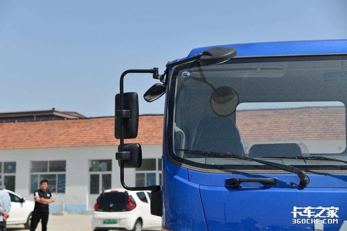 搭载170马力国六安康机江淮德沃斯V8能装32方
