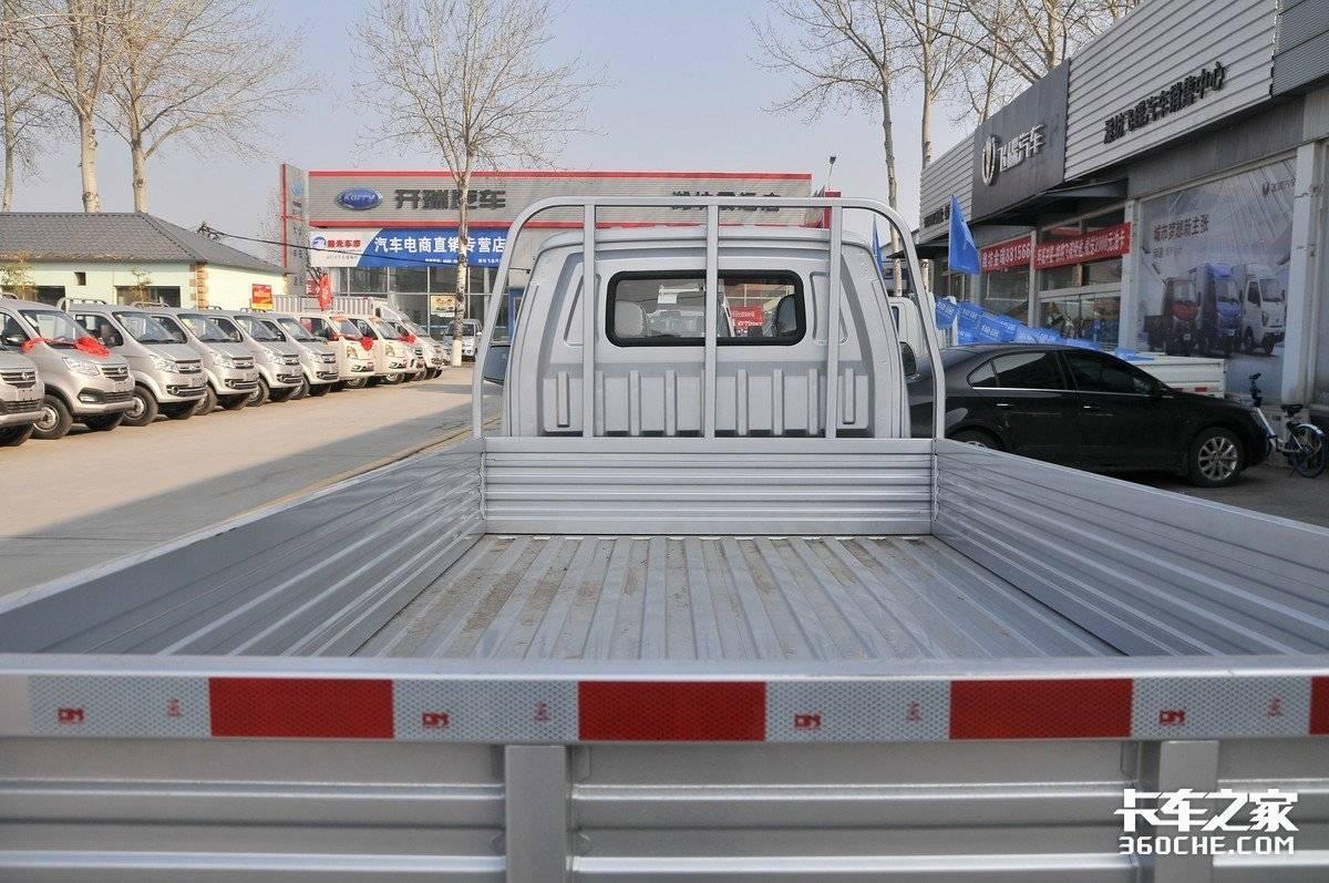 112马力搭载3米4货箱这款不到5万的东风小康D51咋样