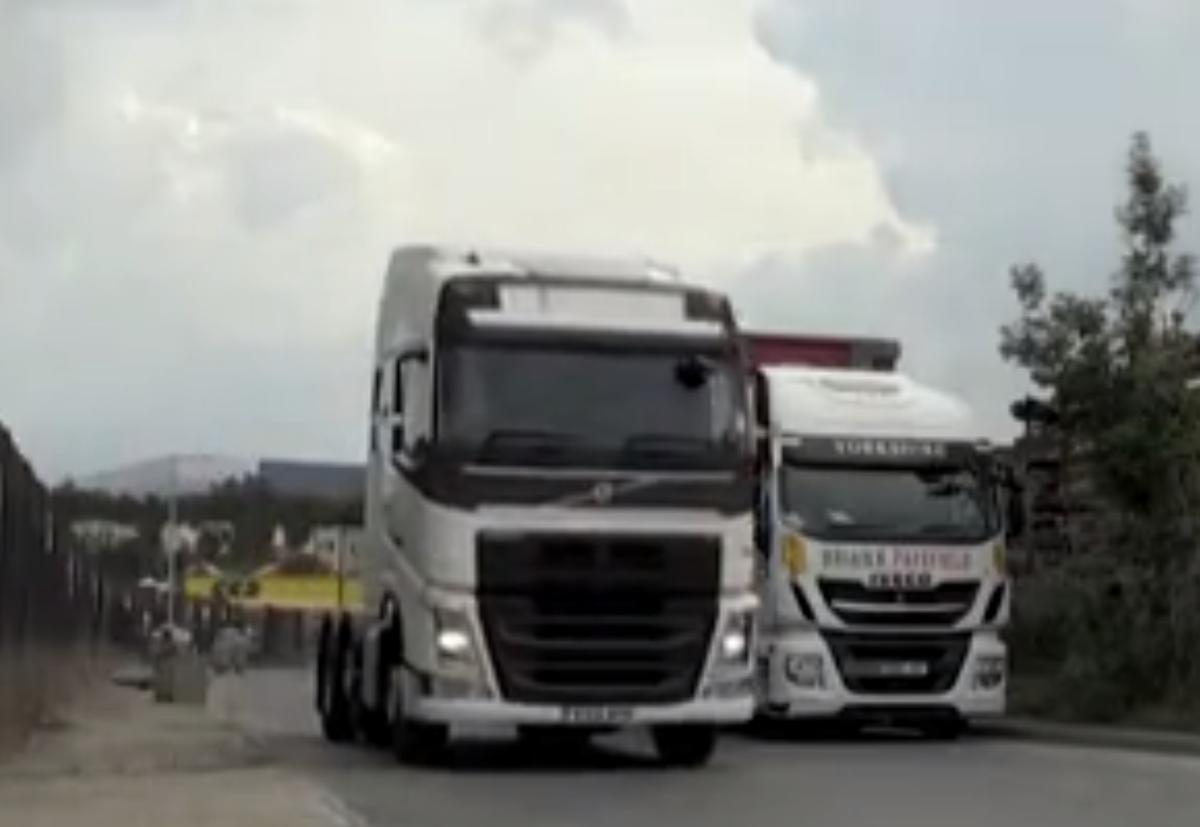众多企业加薪招募英国货车司机缺口达10万