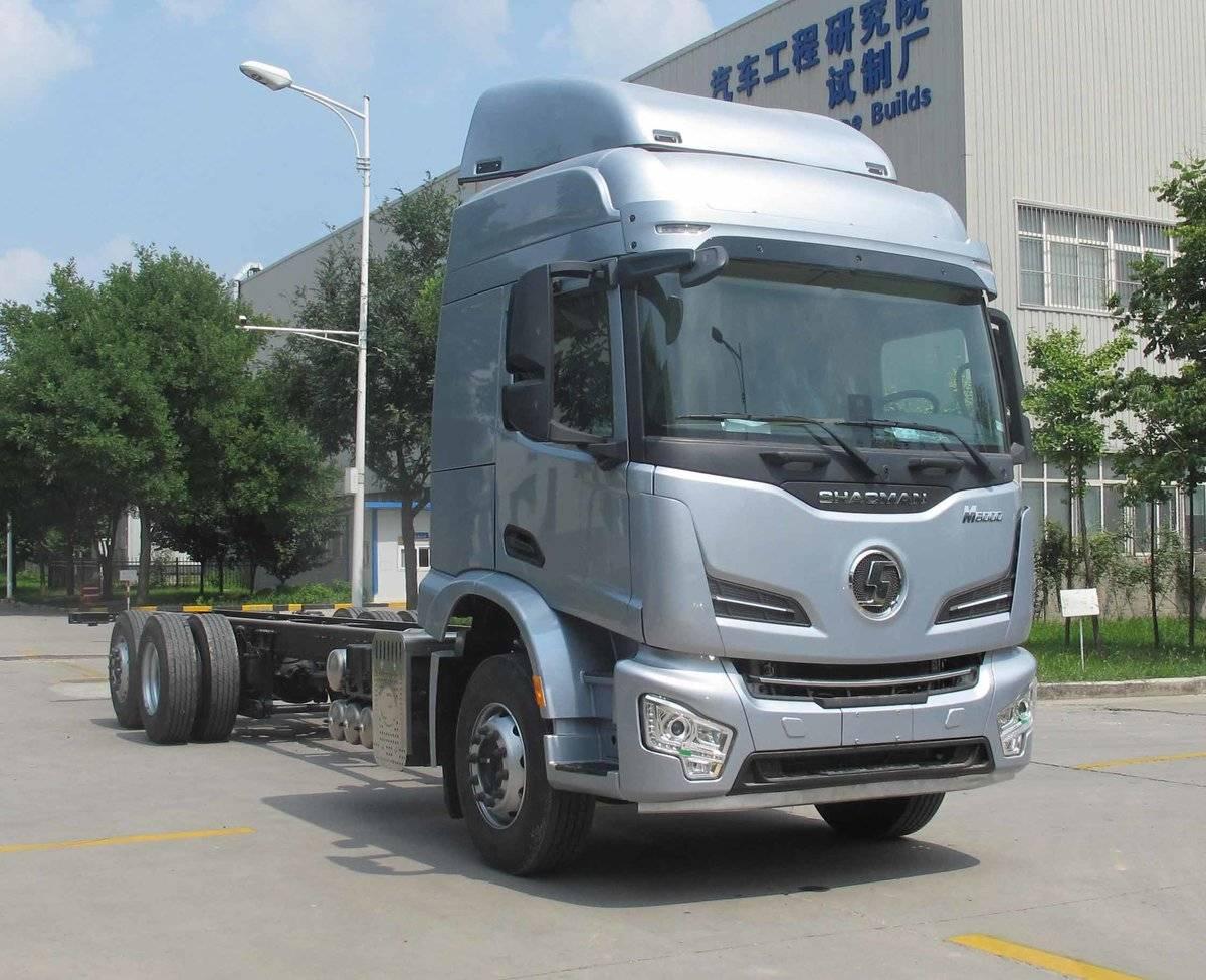 6x2载货车装随动桥陕汽德龙M6000申报新公告