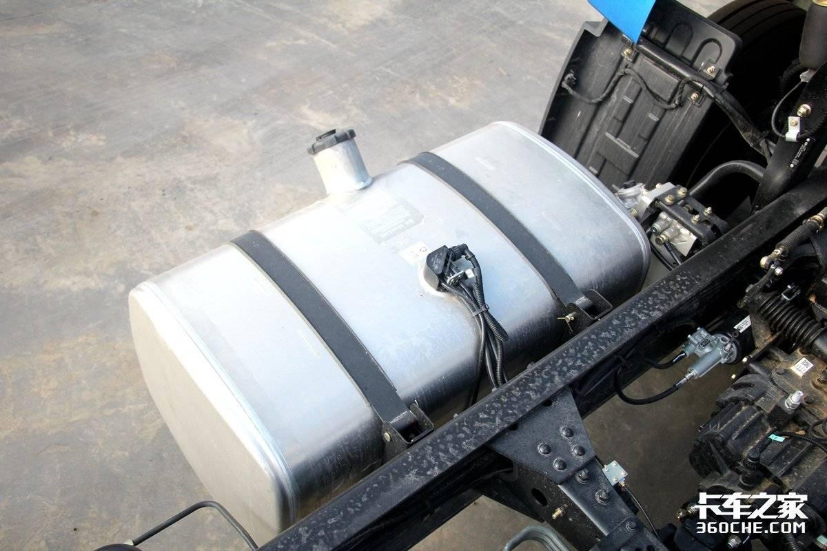装新驾驶楼搭载4.6升潍柴机这款龙VH2.0跑物流运输得心应手!