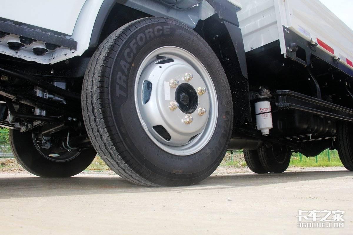 合规装两吨配全柴Q23国六动力上汽跃进福运S80小卡图解