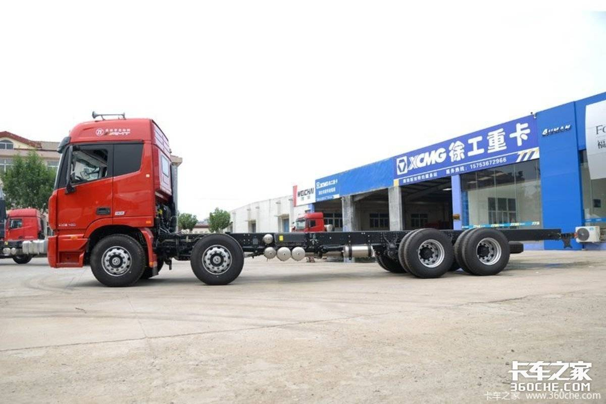 欧曼EST8x4载货车福康X12配采埃孚AMT