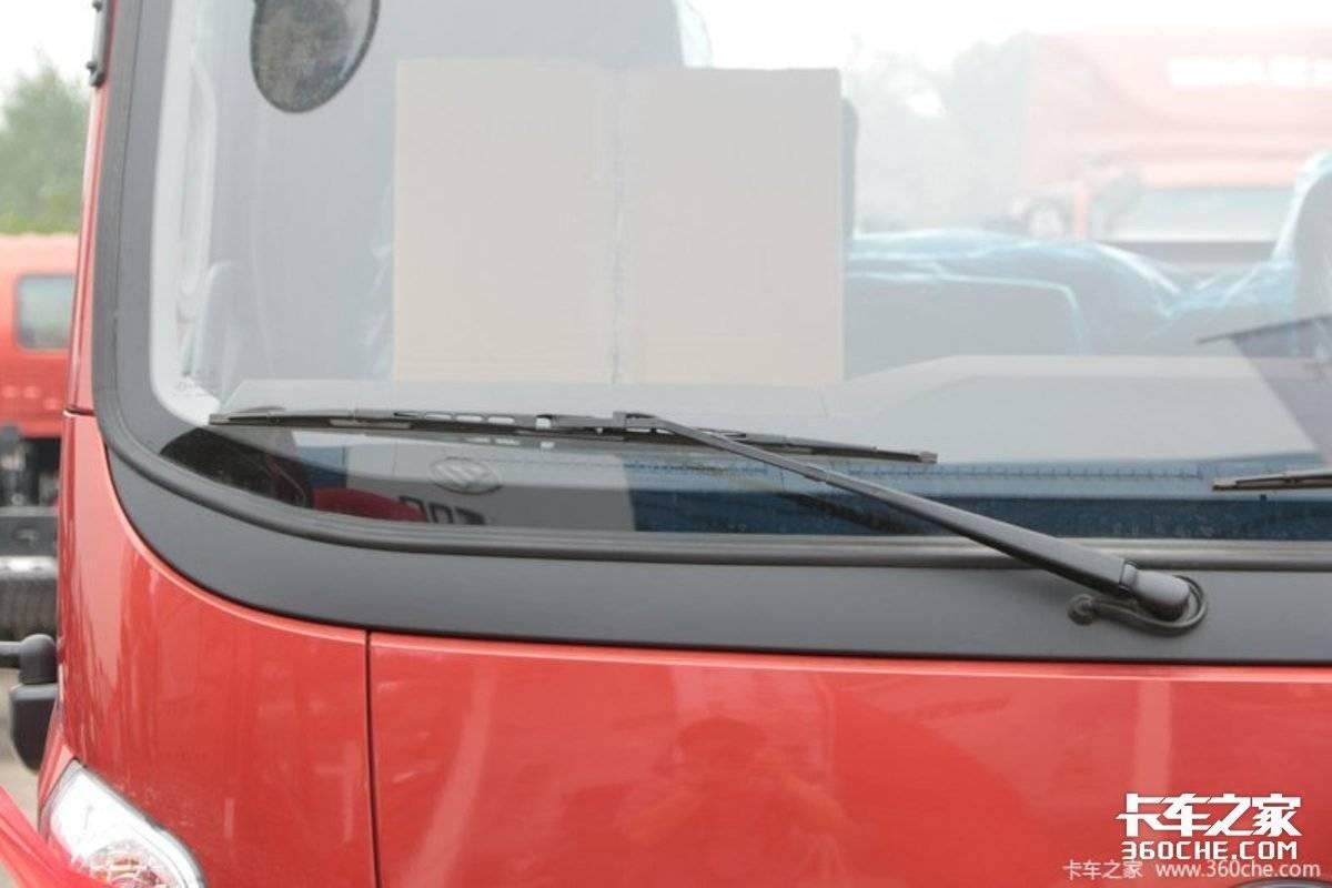 全柴2.0发动机+5挡变速箱领航S1小卡会是城乡物流新选择吗?