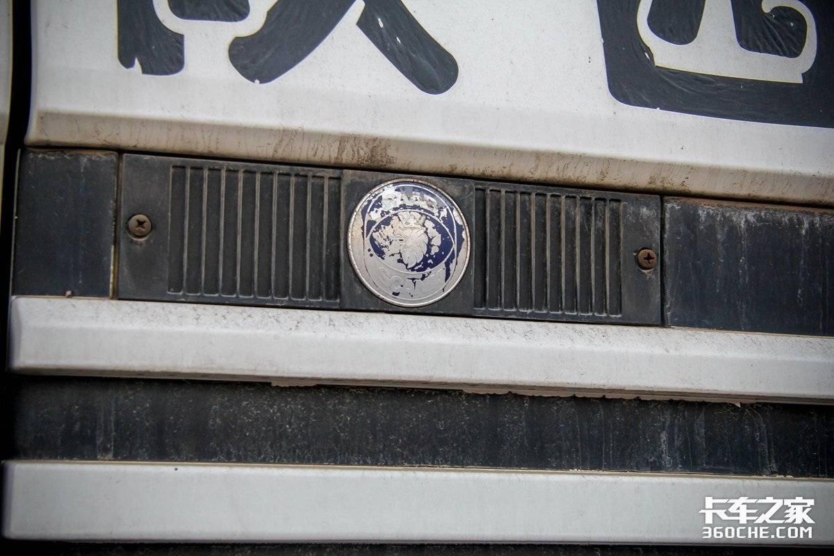 80、90年代大哥现身江湖!堪称进口大件车博馆18升V8早有了