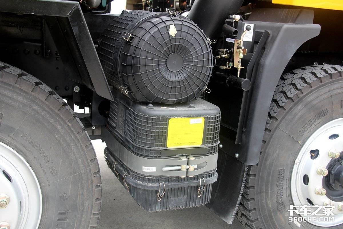 搭载7.3L国六重汽动力这款8x4豪曼H5自卸只有12吨!