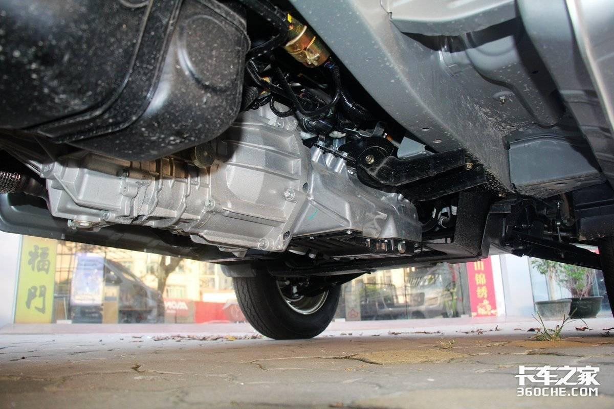 搭载东安1.5国六发动机高颜值长安星卡图解