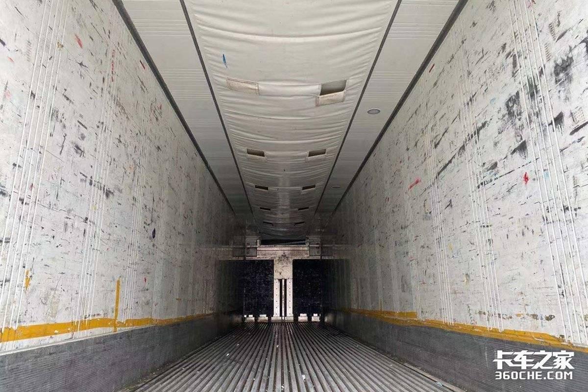食品冻货疫苗样样能拉可达到零下40度的移动大冰柜内部是这样
