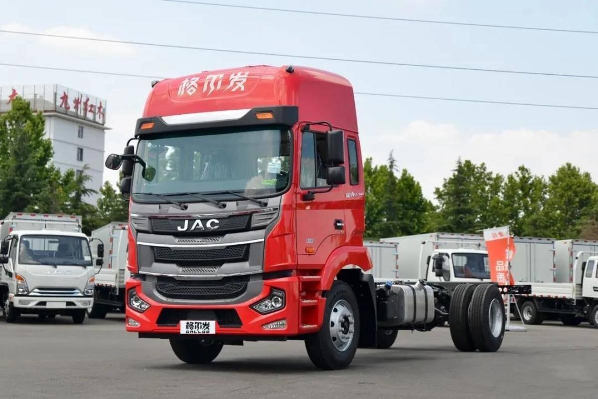高顶双卧享运输还看格尔发A5X载货车!