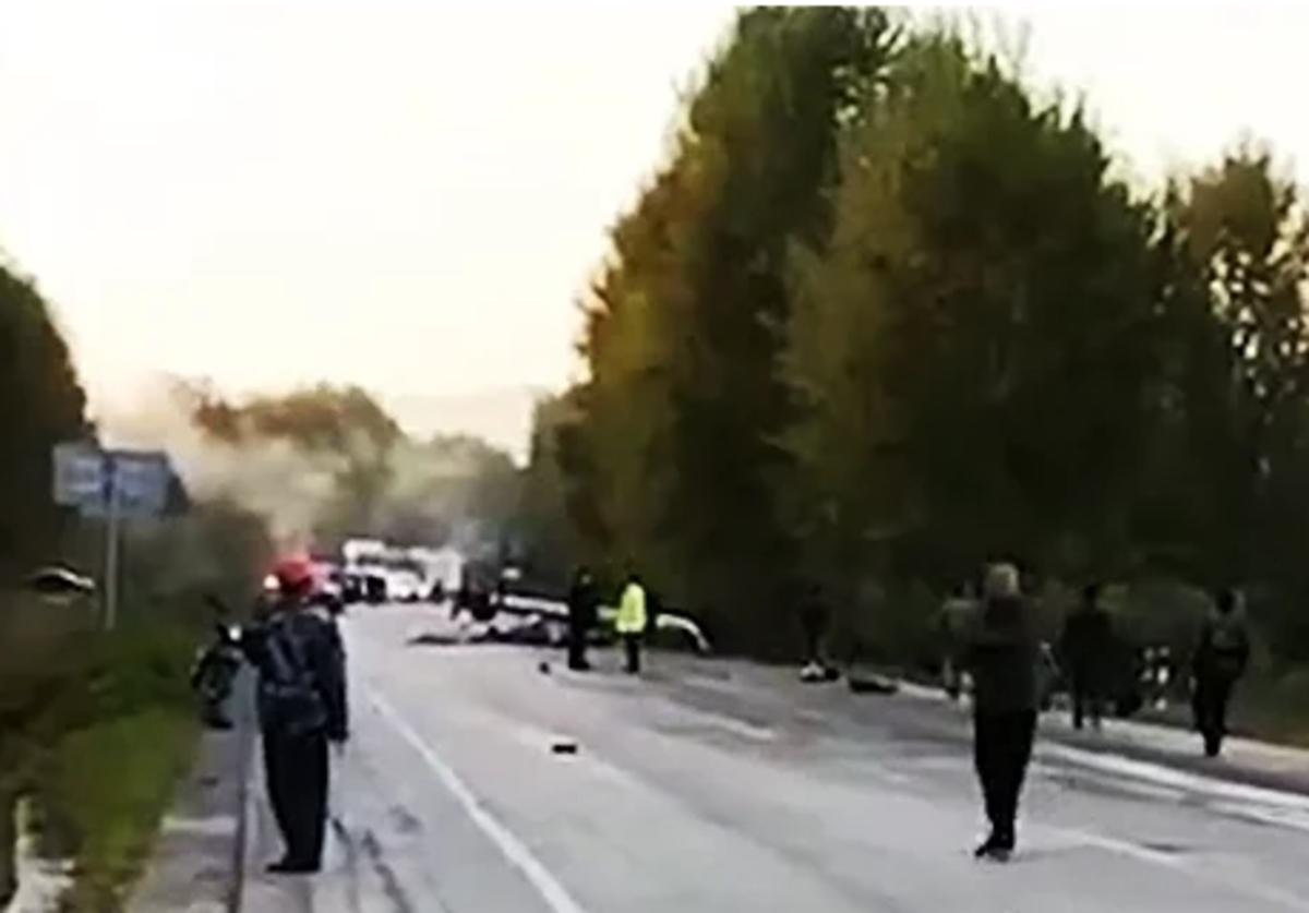 2天2起重大交通事故造成27死惨剧的原因值得警惕