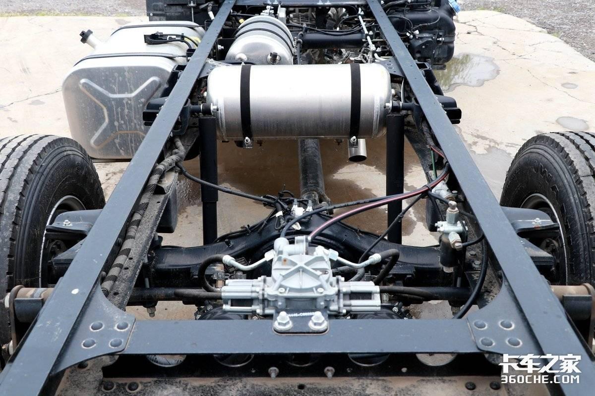 170马力云内机+上汽AMT这款超运H500为城郊物流而生