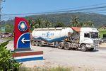 淋水缓速都不好使 老挝开卡车什么体验
