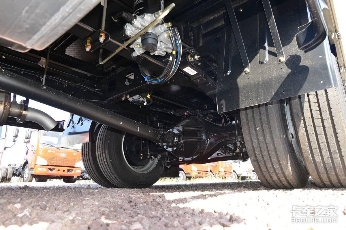 160马力3L国六机解放领途合规装7.5吨