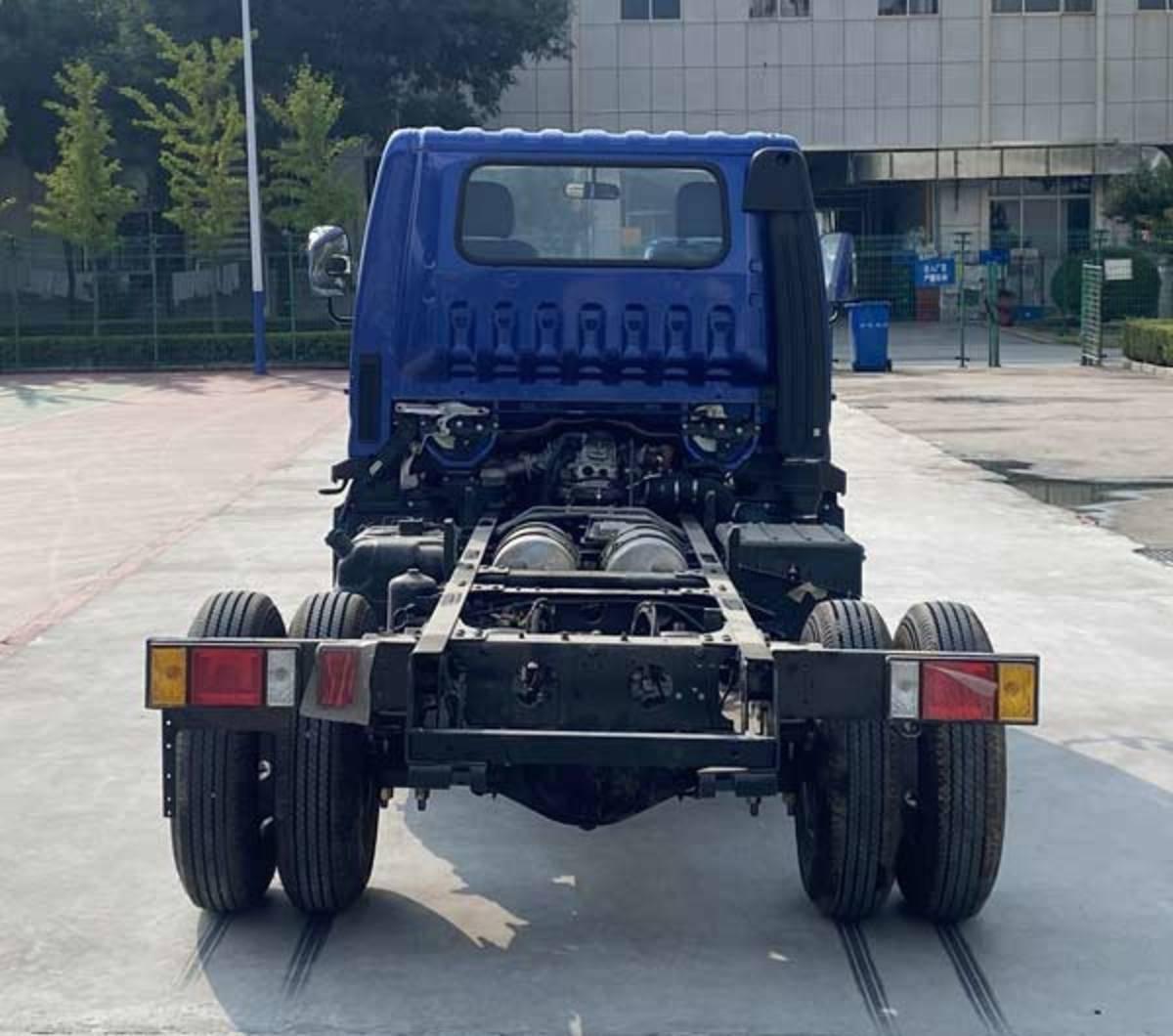 """自卸变载货""""套娃""""设计很省事福田轻卡上新了全柴动力能装1.8吨"""